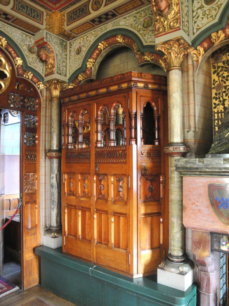 Lord Bute S Bedroom Cardiff Castle Interior Cardiff
