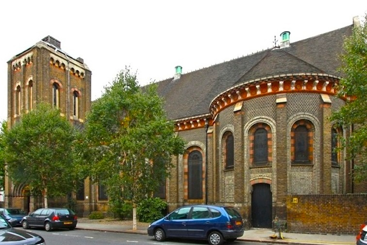 it is prominently situated on the corner of ladbroke grove and st charles square