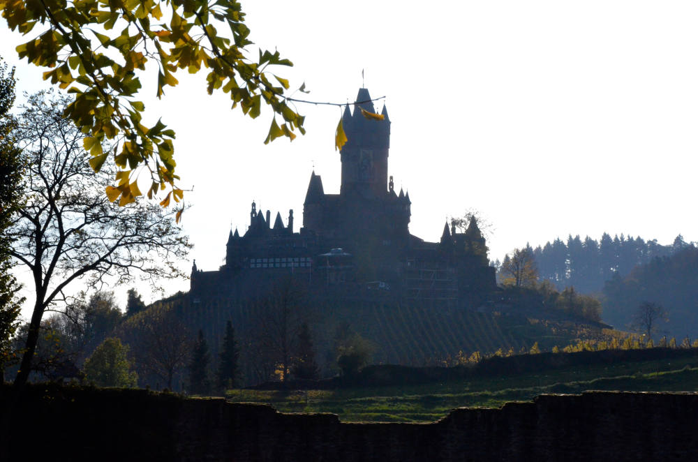 Furthermore A Chain Was Installed Below The Castle To Form Removable Toll Barrier Across River Reichsburg Cochem
