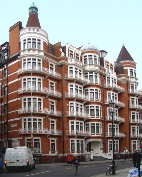 Victoria Manor Apartments: Mansion Block, Hans Crescent, Knightsbridge, London