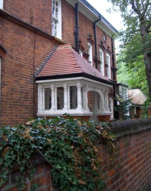 Le Porche D Une Maison porche d'une maison dans bedford park, dessiné par richard norman