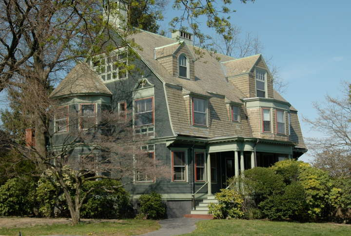 Residence with cape cod roof stimson avenue providence for Rhode island home builders