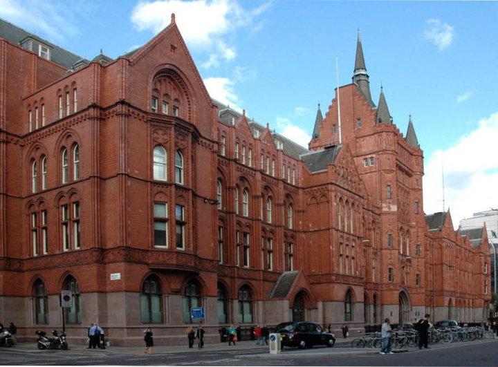 Holborn with BookApartmentsinLondon.co.uk