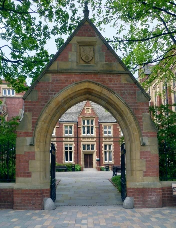 Exhibition Stand Builders Leeds : Buildings at the university of leeds by alfred waterhouse