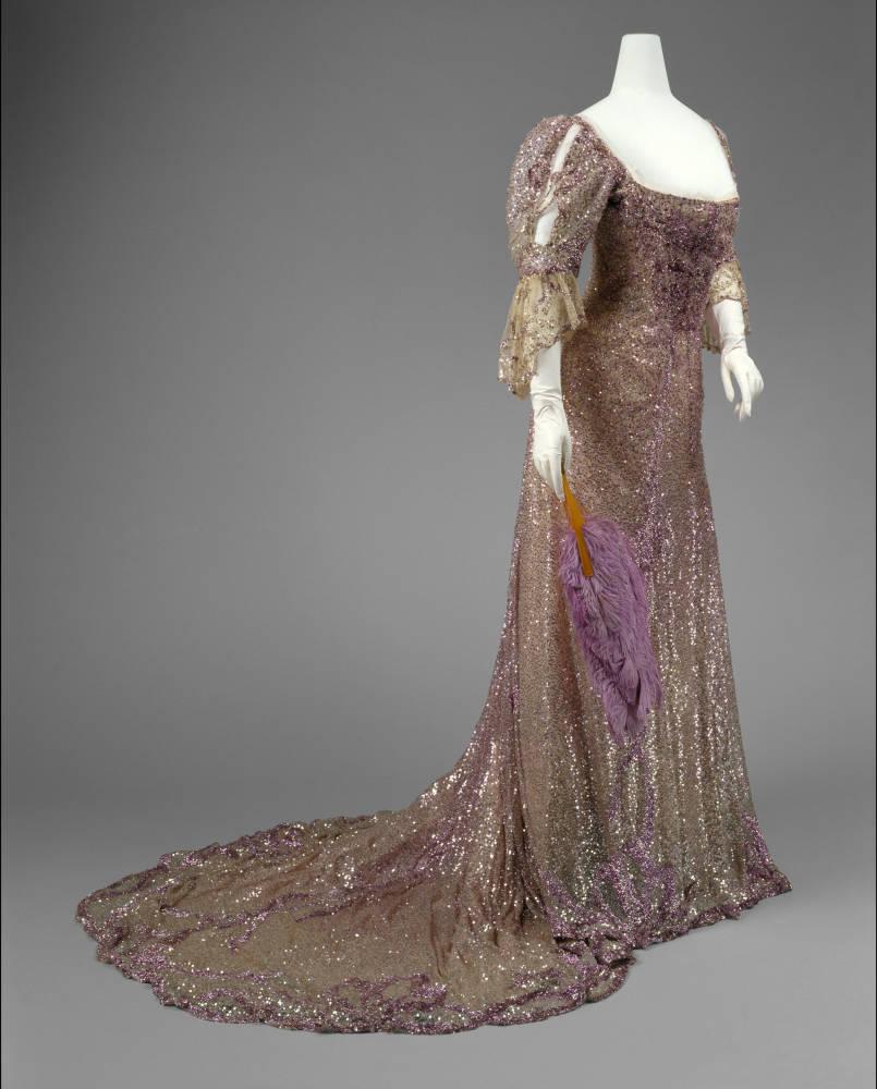 British mourning evening dress, c. 1861