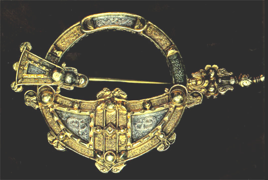 Royal Tara brooch