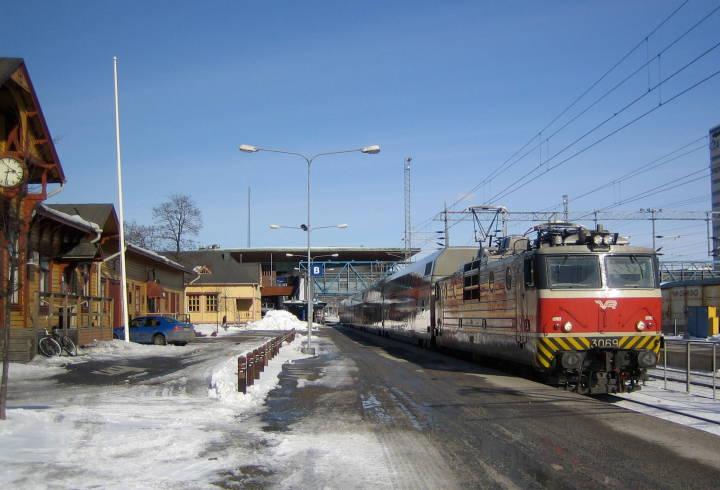 Helsinki jyväskylä train