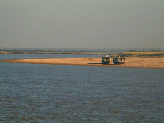 On the ayeyarwady river from mandalay to bagan for 22 river terrace building link