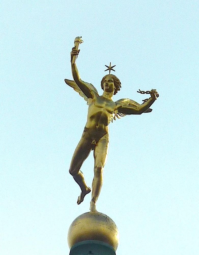 statue de la liberte situation