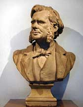 potrait bust of TH Huxley