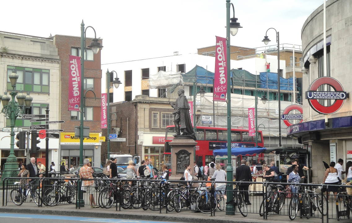 Cheap Hotels In Tooting Broadway
