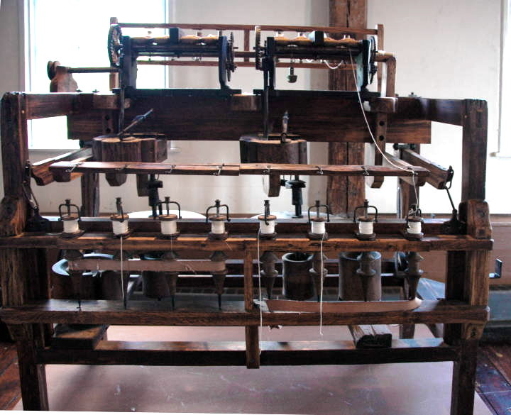 Modern Replica (1950) of Arkwright\'s Water Frame