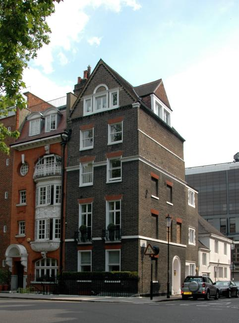 Homes In Three Different Styles Hans Place London Sw1