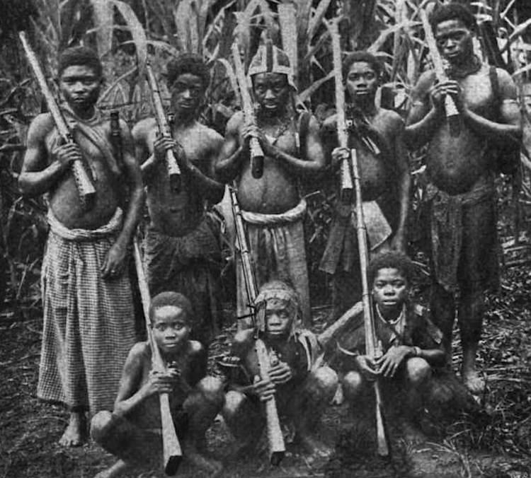 Animal Cannibals - Fehéren Fekete – Feketén Fehér
